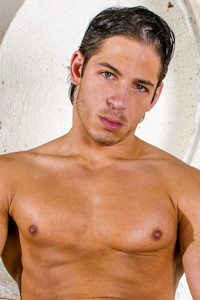 male muscle gay porn star Joey Milano | hotmusclefucker.com