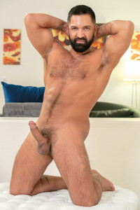 male muscle gay porn star Dominic Pacifico | hotmusclefucker.com