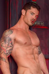 male muscle gay porn star Mitchell Rock | hotmusclefucker.com