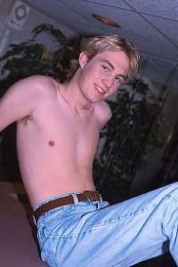 male muscle porn star: Alex Becker, on hotmusclefucker.com