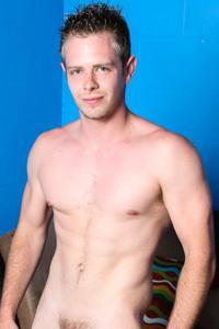 male muscle gay porn star Steve Stiffer | hotmusclefucker.com