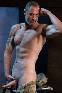male muscle gay porn star D Arclyte | hotmusclefucker.com