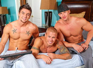 gay muscle porn clip: Chat Party Live - Brody Wilder & Cameron Foster & Johnny Torque, on hotmusclefucker.com