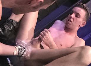 Chad Thomas & Rodd Tyder in Fistpack 8 - Elbow Room | hotmusclefucker.com