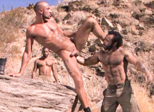 gay muscle porn clip: Fistpack 11 - Arabian Fist - Huessein & Marc Lasalle & Matthieu Paris, on hotmusclefucker.com
