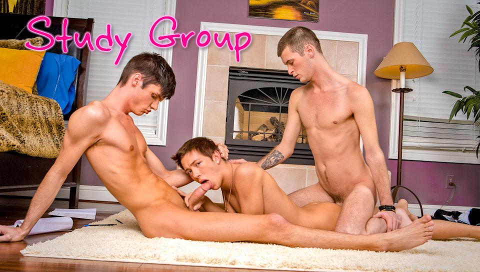 Gruppo di studio – Sebastian Conally, Christian Collins, Luke Allen (NextDoorTwink.com)