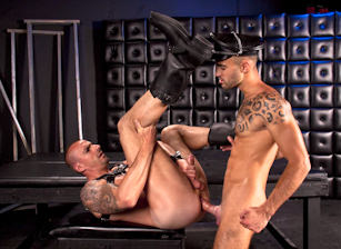 gay muscle porn clip: Pounded Down - Kriss Aston & Will Helm, on hotmusclefucker.com