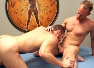 - JR Matthews & Trent Locke - Hot Muscle Fucker