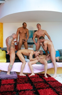 Gangbang Story #02 Picture